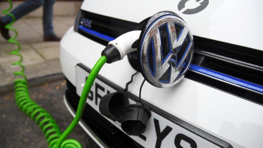 Electric car boost