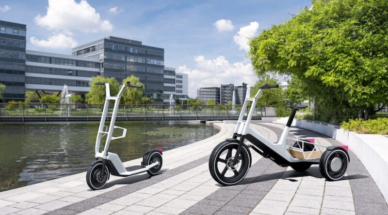 BMW Concept Dynamic Cargo and Concept Clever Commute
